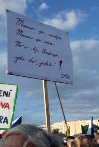 Nezval-demonstrace_Letna-2019