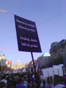 Nezval-demonstrace_Praha-2019
